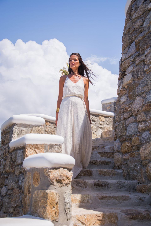 white-dress-m
