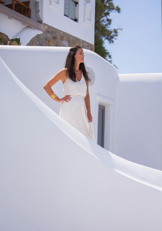 white-dress-q
