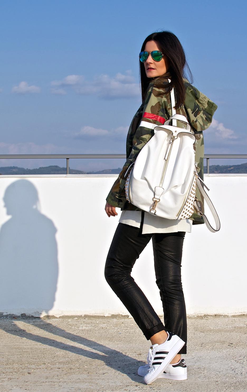 more-trends-camo-jacket-c