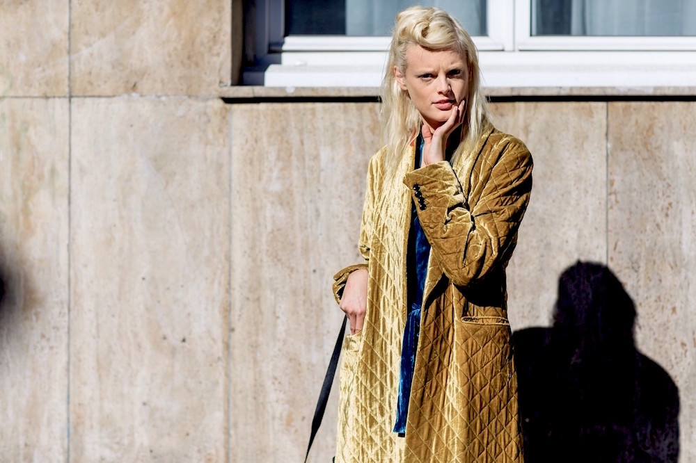 atmosphere details, fashion week, frenchystyle, FW, hanne gaby odiele, horizontal, jonathan paciullo, model, PARIS, PFW, SPRING SUMMER 2016, SS 16, street style, velvet coat, yellow coat