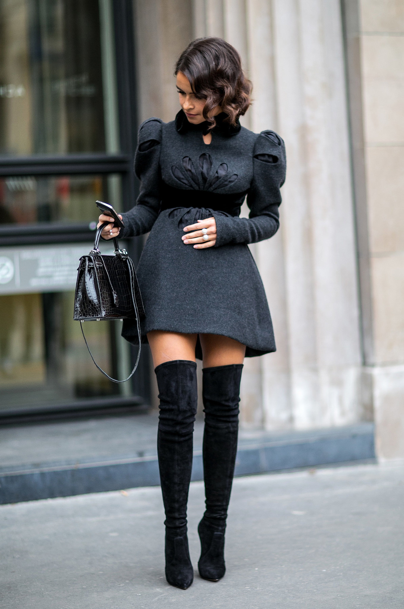 thigh-high-boots-outfit-ideas-13