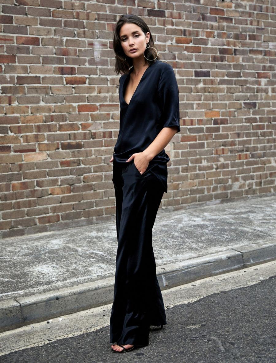 4.-black-silk-top-and-pants-n3rjzi2udrmtyuox0gg4ya9xoom5pmpb31fc4qc6ra