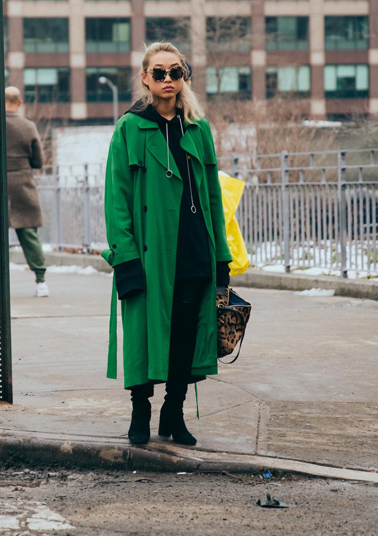 new-york-fashion-week-2017-streetsnaps-part-four-16