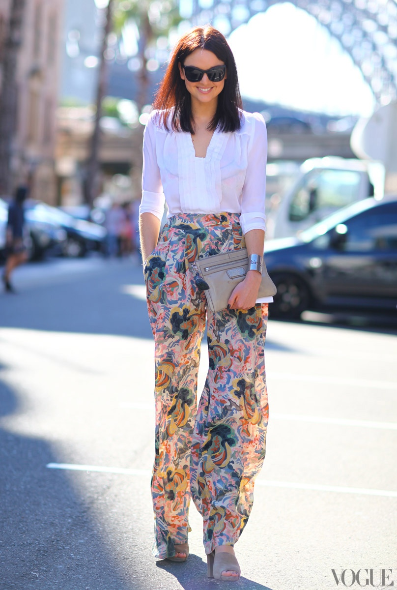 2015-Floral-Pants-For-Women-Street-Style-Trends-9