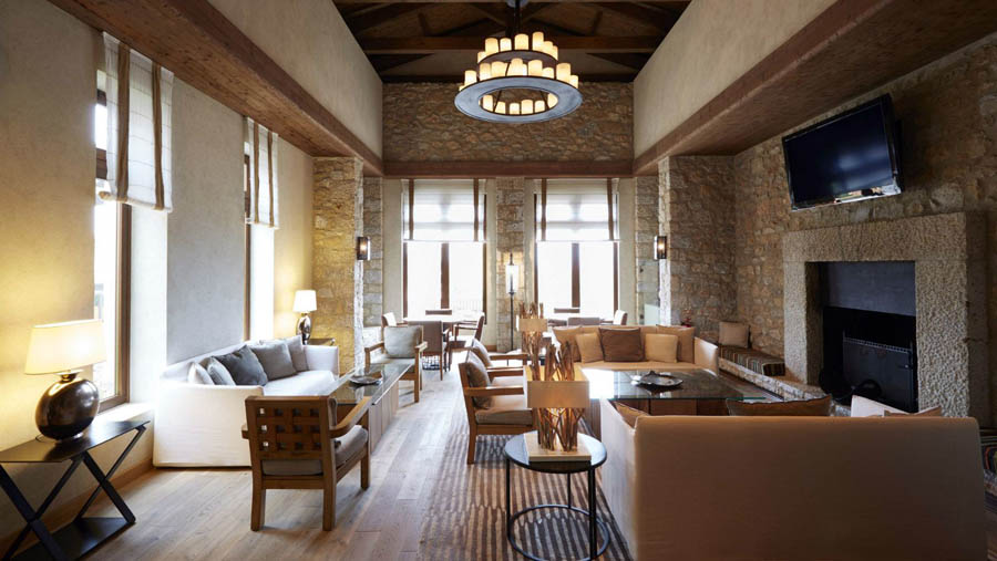 The-Westin-Resort-Costa-Navarino-1827-Bar