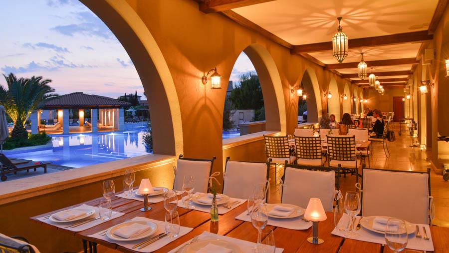 The-Westin-Resort-Costa-Navarino-Armyra-Restaurant