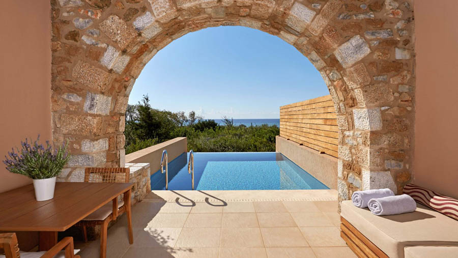 The-Westin-Resort-Costa-Navarino-Costa-Navarino-Premium-Infinity-Room