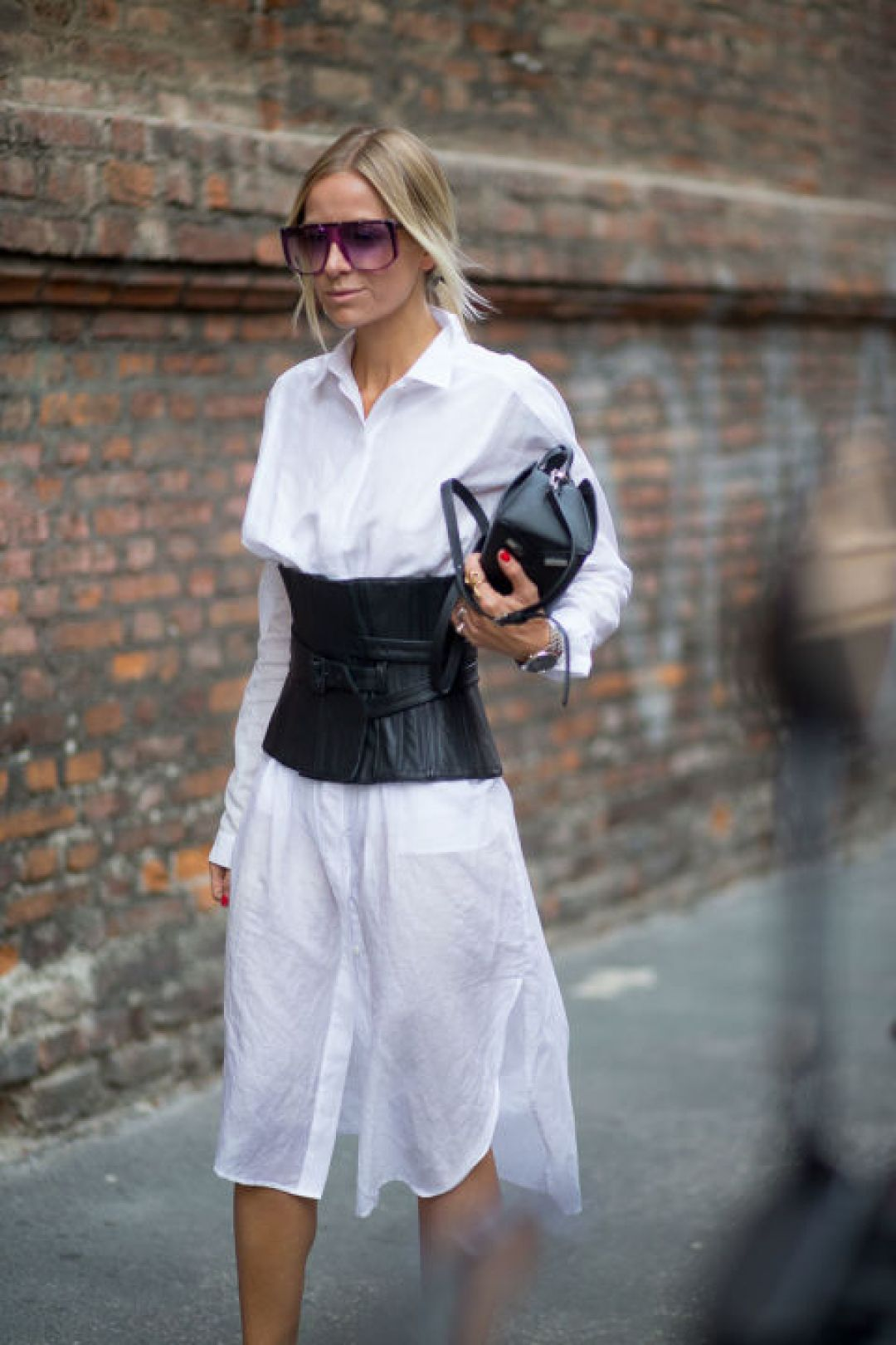 corset-trend-milan-street-style-spring-outfit-ideas