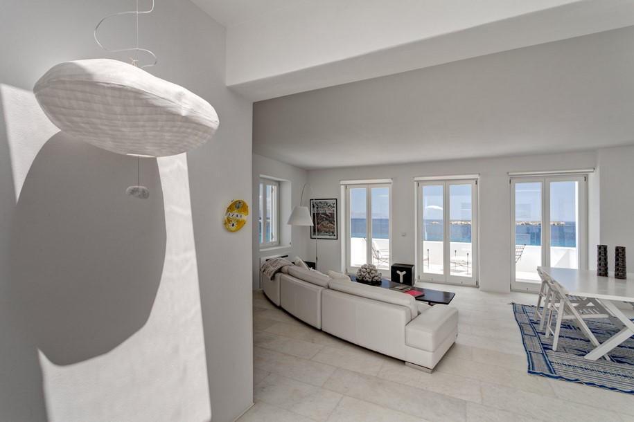 Residence-in-Paros-Photo-George-Fakaros-23