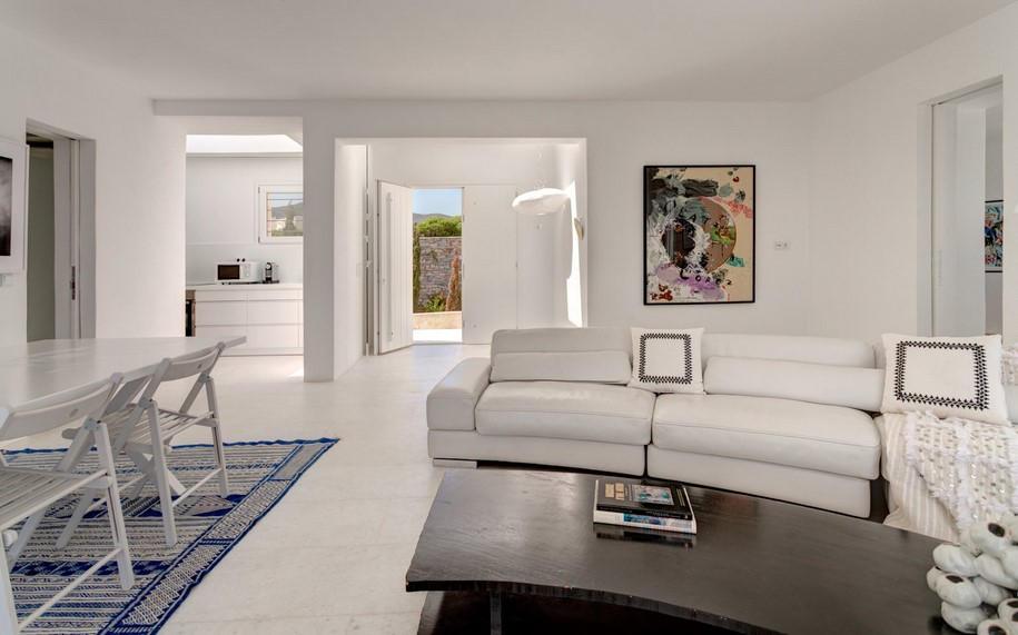 Residence-in-Paros-Photo-George-Fakaros-32