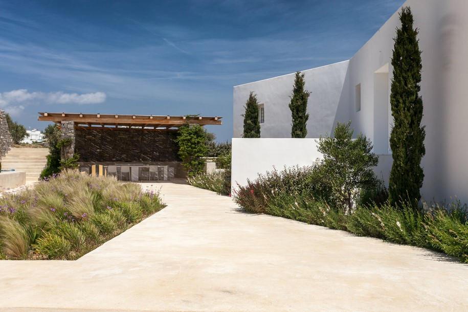 Residence-in-Paros-Photo-George-Fakaros-6