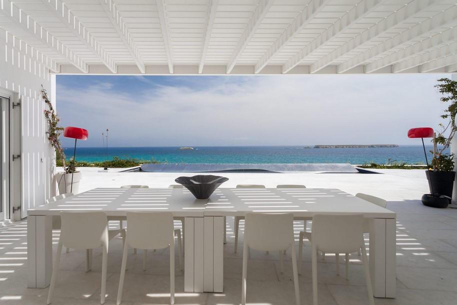 Residence-in-Paros-Photo-George-Fakaros-9