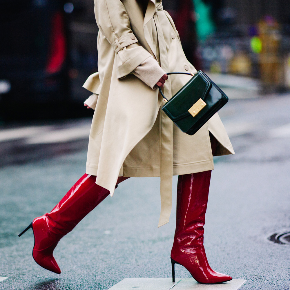 fall-accessory-trends-2017-red-boots-top-handle-bag-trench-coat-street-style-1000