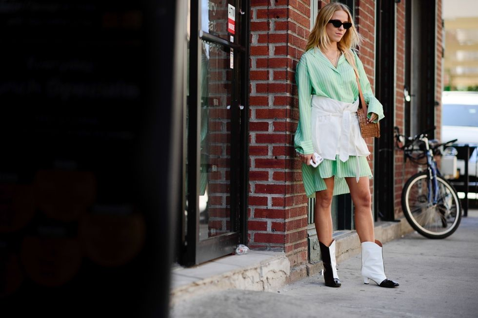 hbz-street-style-nyfw-ss2018-day3-06-1505057546