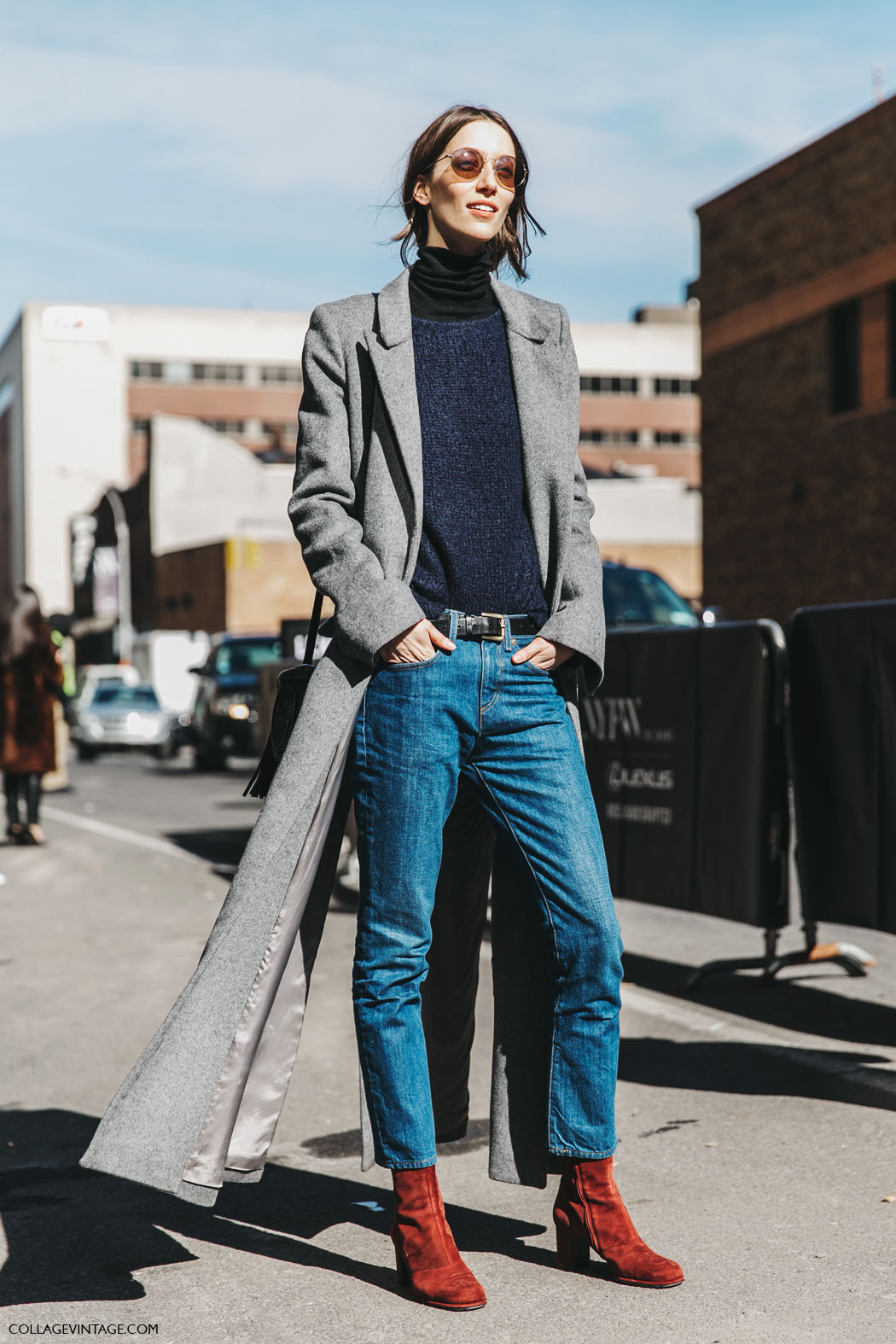 NYFW-New_York_Fashion_Week-Fall_Winter-17-Street_Style-Model-Grey_Long_Coat-Jeans-2