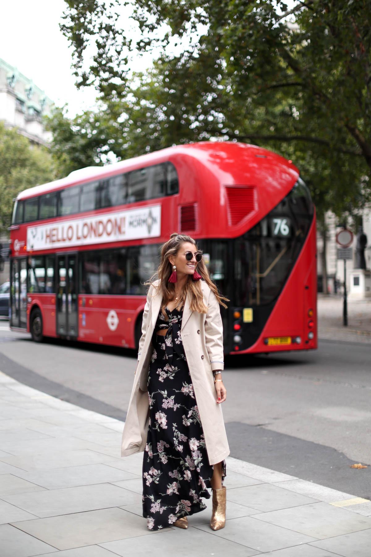 flynn-skye-trench-gabardinal-chloe-lfw-emiliodelamorena-londres-london-gucci-chanel-cateye-zara-levis-bartabac-bartabacmode-blog-blogger-fashion-streetstyle-moda-2