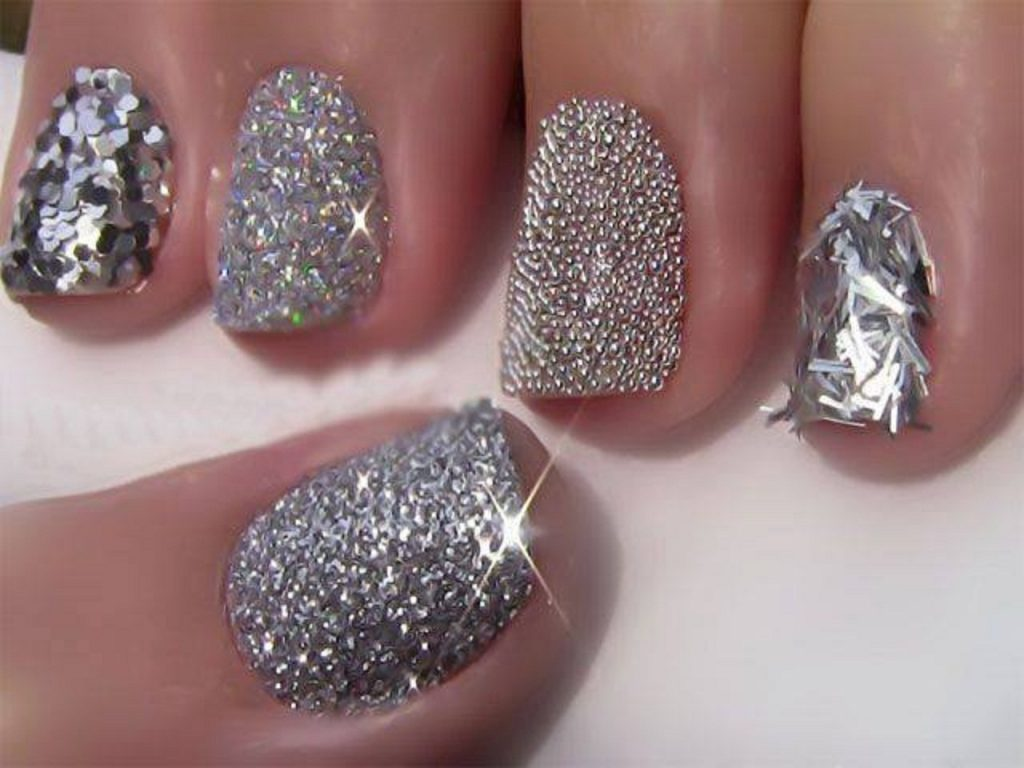 Beautiful-Nail-Art-Designs-for-Special-PartiesOccasions-2