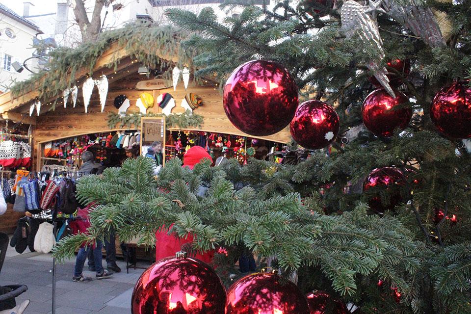christmas-market-salzburg