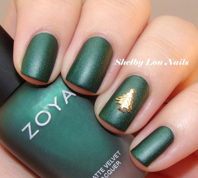 top-15-beauty-christmas-nail-art-design-new-easy-winter-manicure-diy-ideas-9-680x614