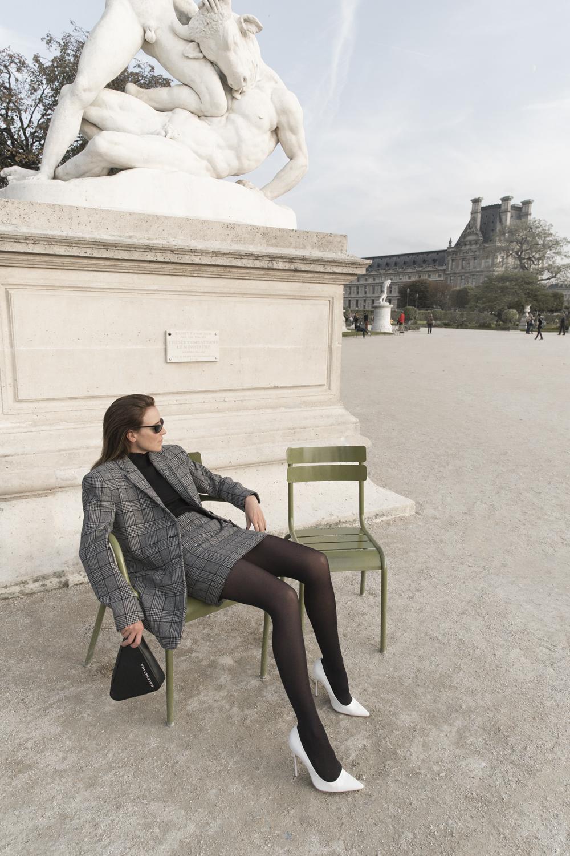 Tibi-Grey-Suit-Mini-Skirt-Paris-Amanda-Shadforth.7