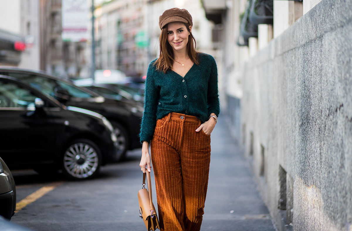 how-to-wear-corduroy-pants-outfits-ideas-high-waisted-corduroy-trousers