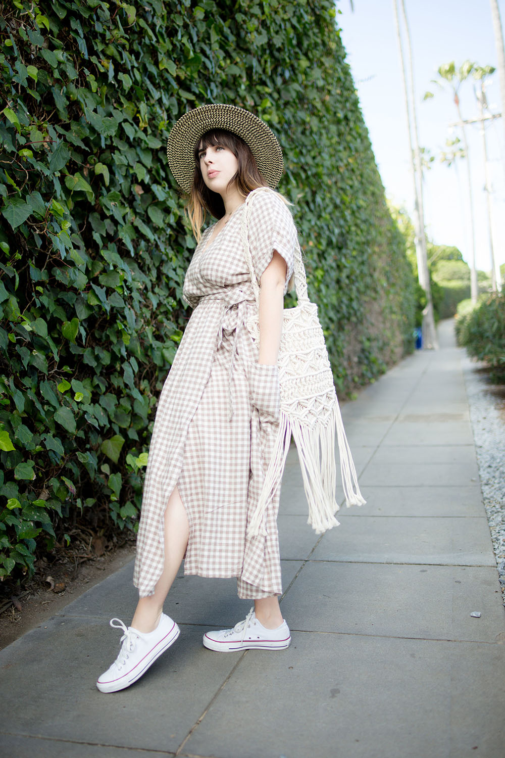 Streetstyle+of+Girl+Wearing+UO+Gabrielle+Linen+Midi+Wrap+Dress+and+white+converse+chuck+Taylors