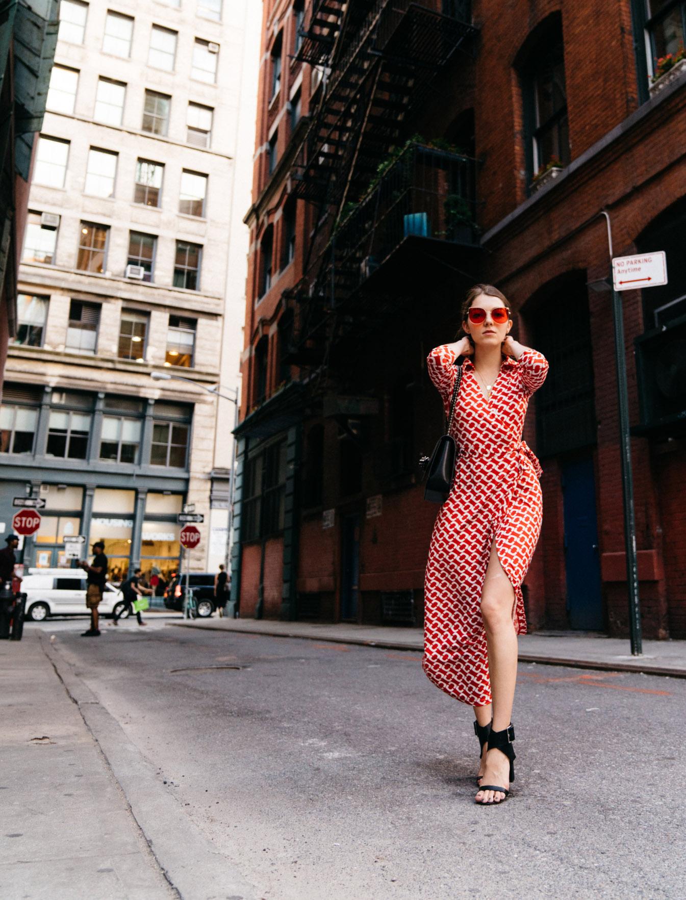laparvenue-fashion-blog-paris-new-york-raphaelle-leboeuf-soho-zaful-wrap-dress-christian-louboutin-black-bag-outfitdhl08534