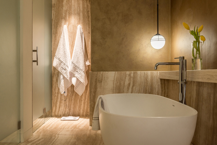 Euphoria-Retreat-Greece-Executive-Junior-Suite-bathroom