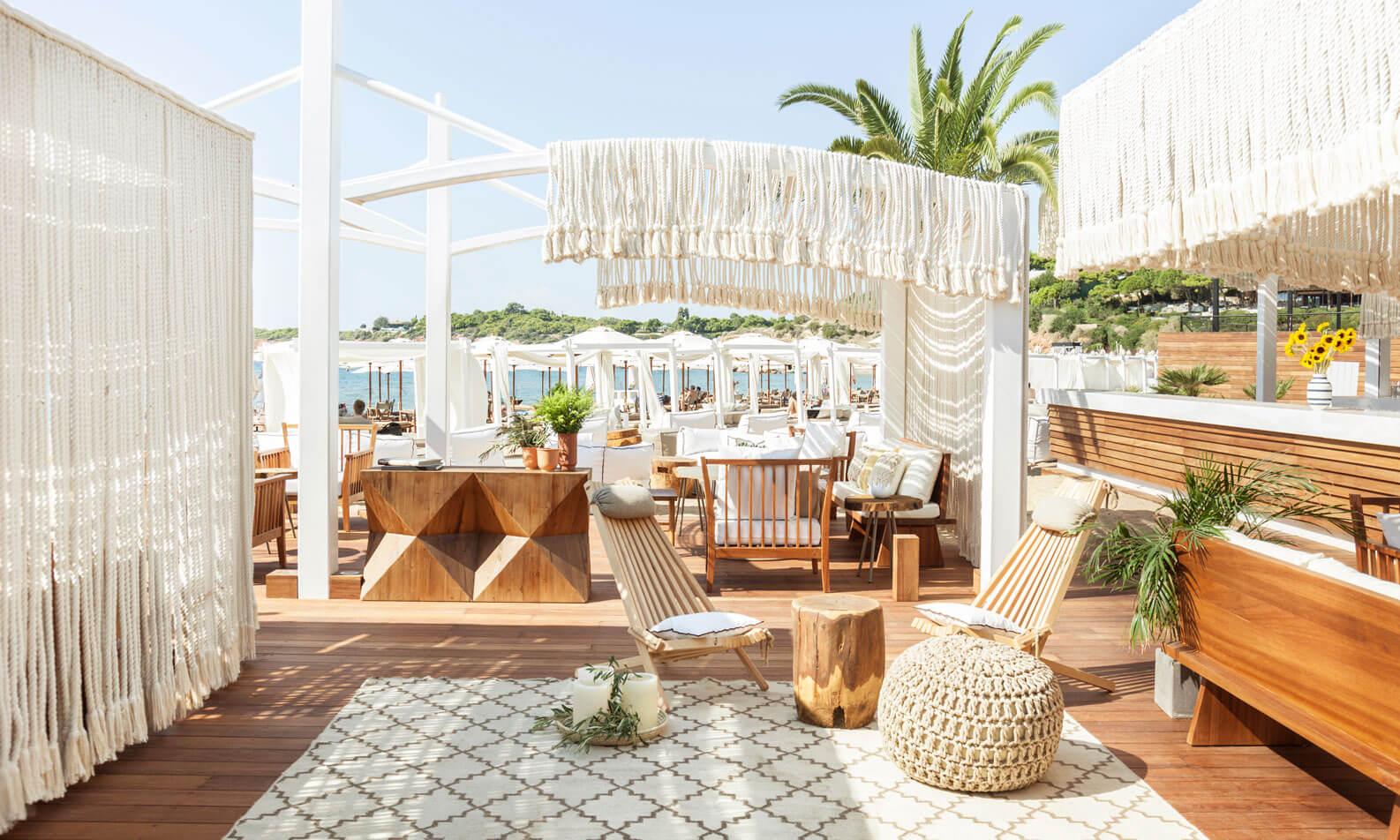 beach-bar-side