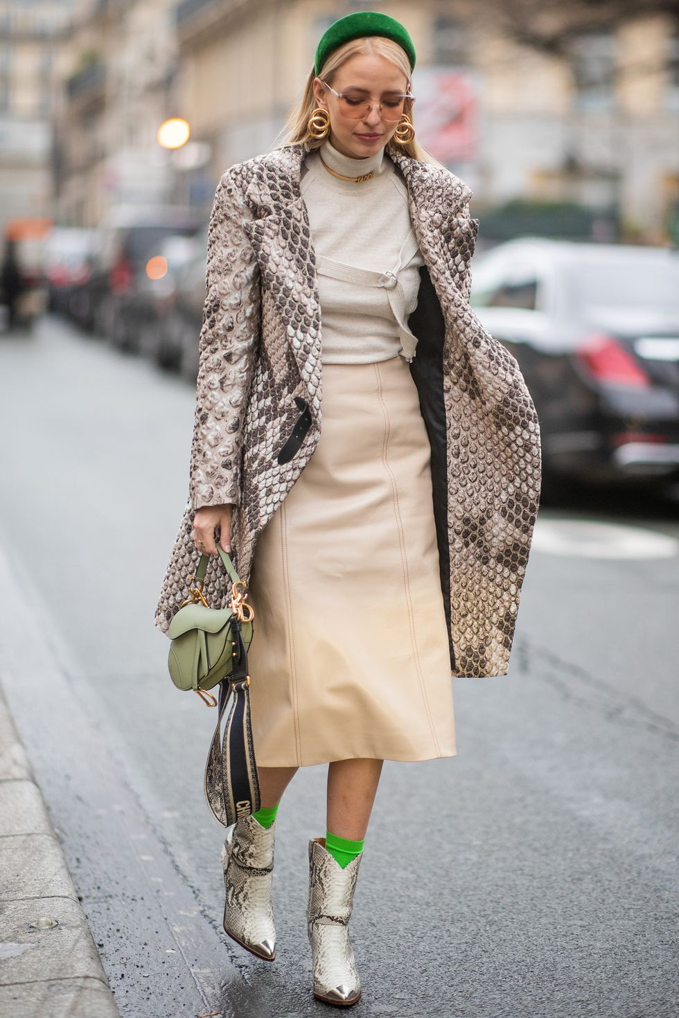 couture-street-style-4-1548341415