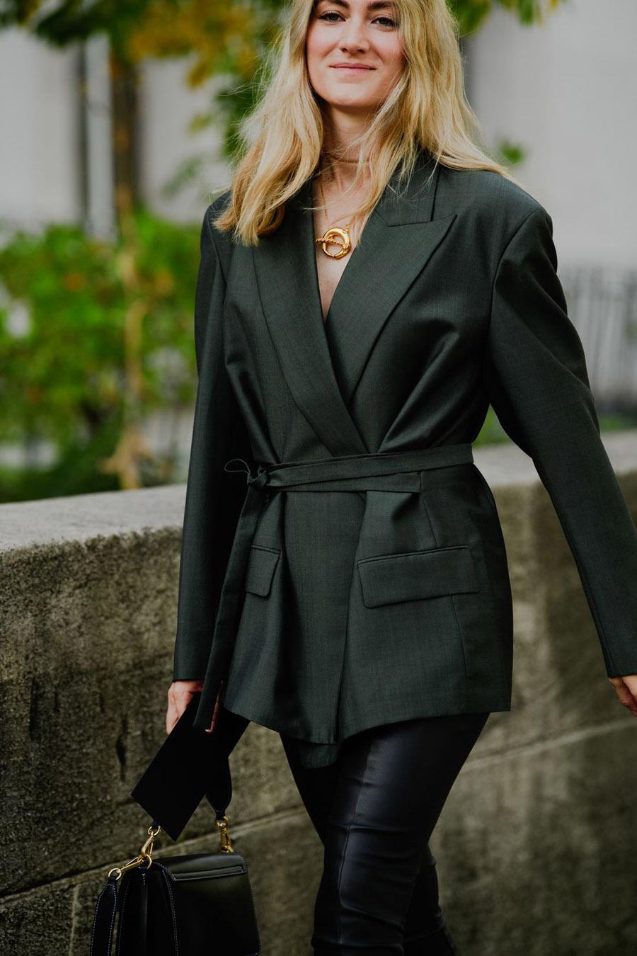 paris-fashion-week-pfw-street-style-ss20-day-5-by-tyler-joe-023-1569835064
