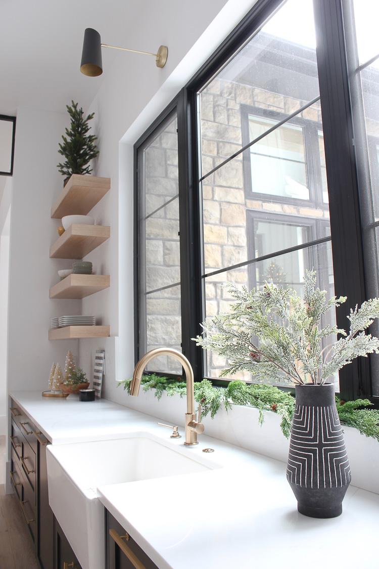 christmas-decorations-modern-kitchen-rift-sawn-white-oak-black-cabinets-black-shiplap-hood-steel-transoms-9-1
