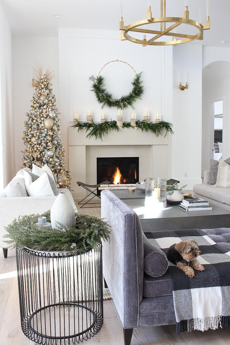 modern-christmas-home-tour-7