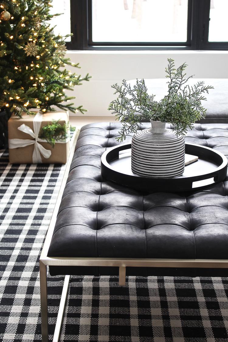 modern-simple-christmas-decor-styling-chateau-farmhouse-2