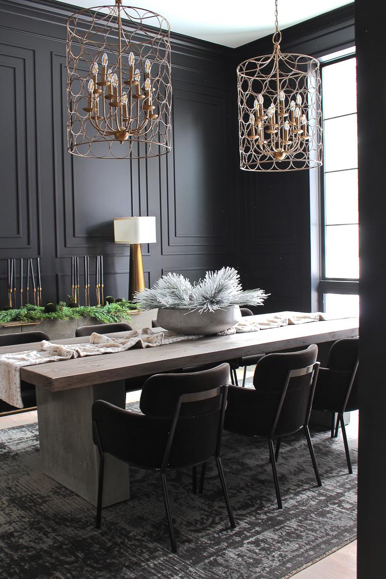moody-dramatic-elegant-black-dining-room-modern-millwork-mouldings-19