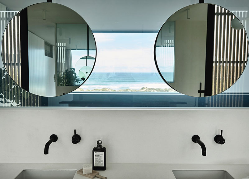 modern-house-by-the-ocean-australia-pufkhomes-19