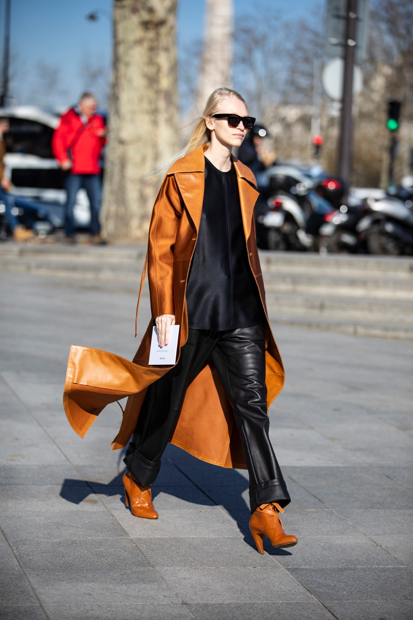 paris-fashion-week-fall-2019-street-style-day-2-3