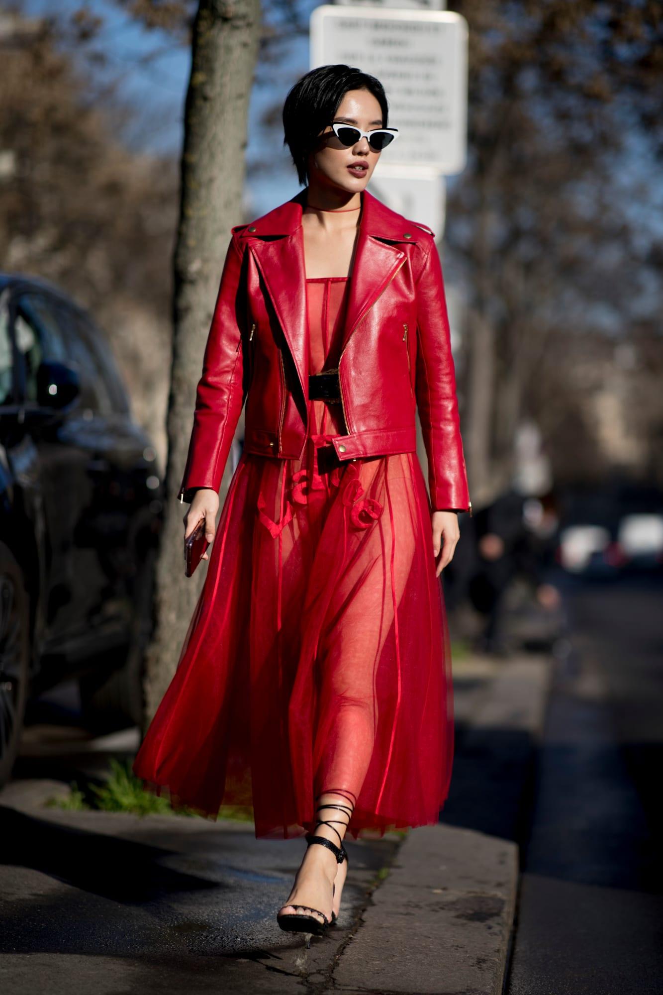 paris-fashion-week-fall-2019-street-style-day-2-41