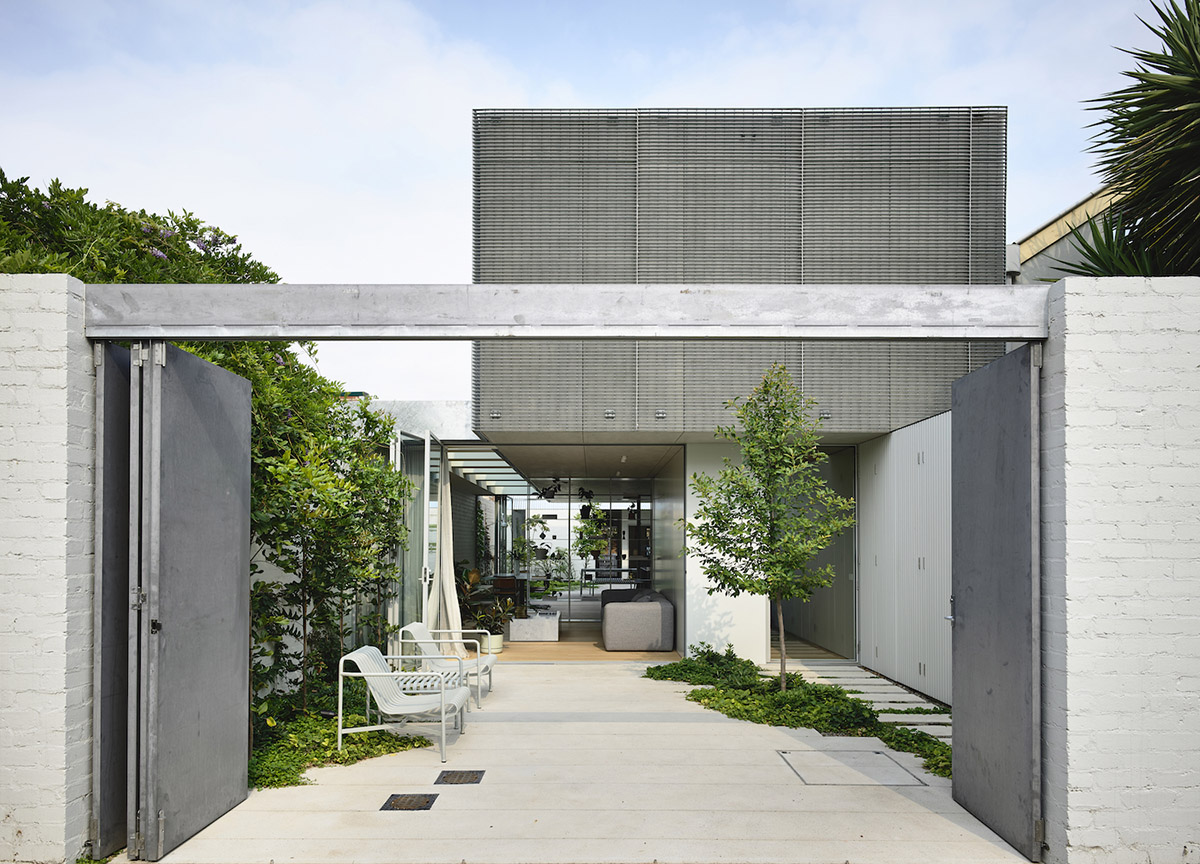 est-living-rob-kennon-architects-fitzroy-north-02-15