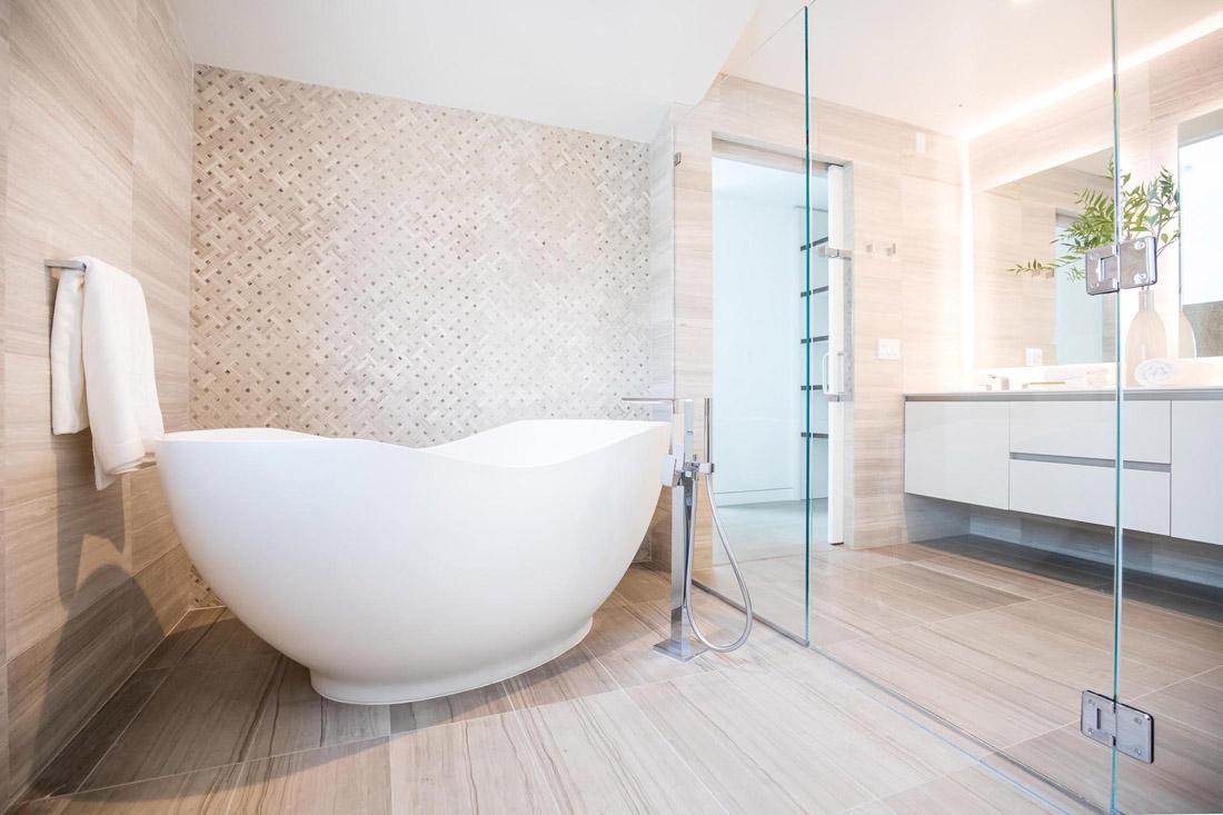 modern-bathroom-freestanding-bathtub-291020-756-14
