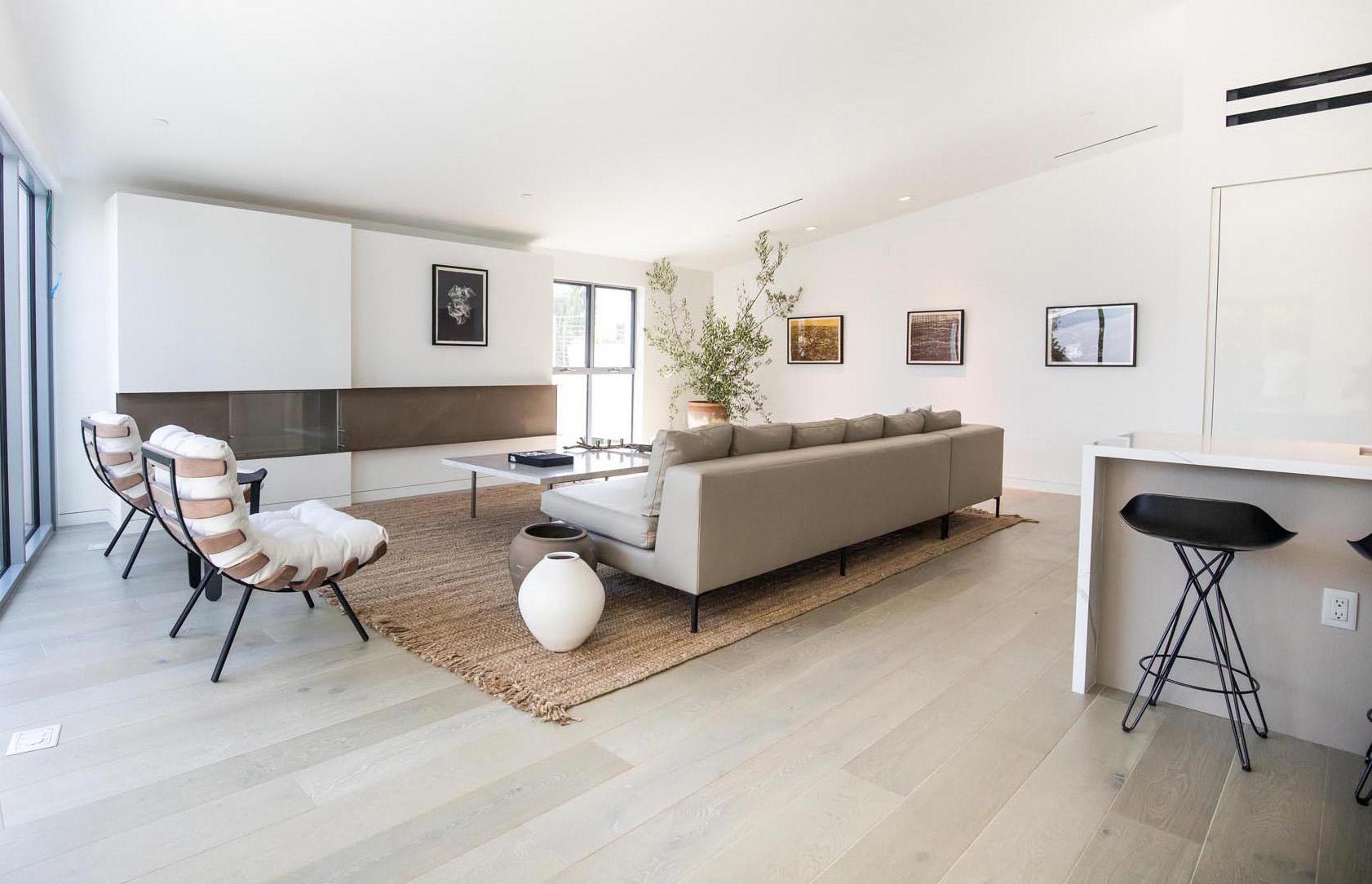 modern-living-room-291020-804-24 (1)